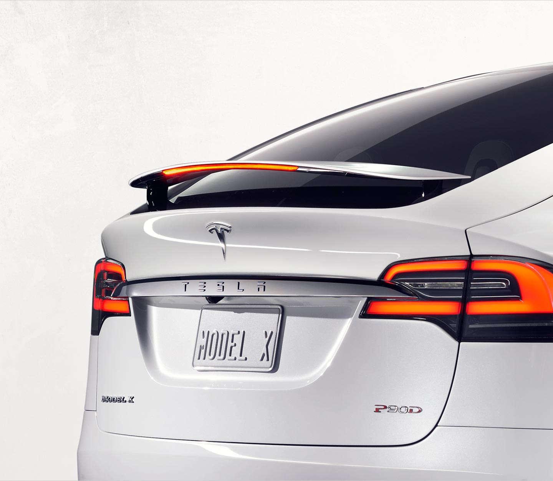 Tesla Model X il suv di Elon Musk