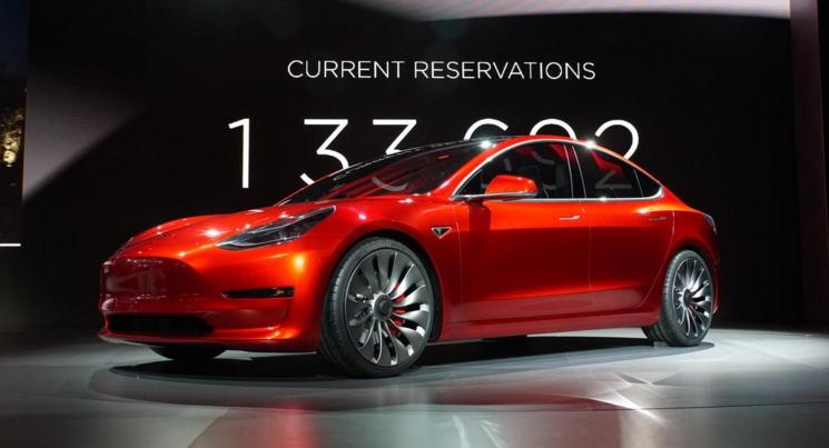 Tesla Model 3_1