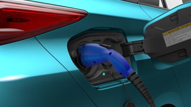 Nuova Toyota Prius Plug-in Hybrid presa